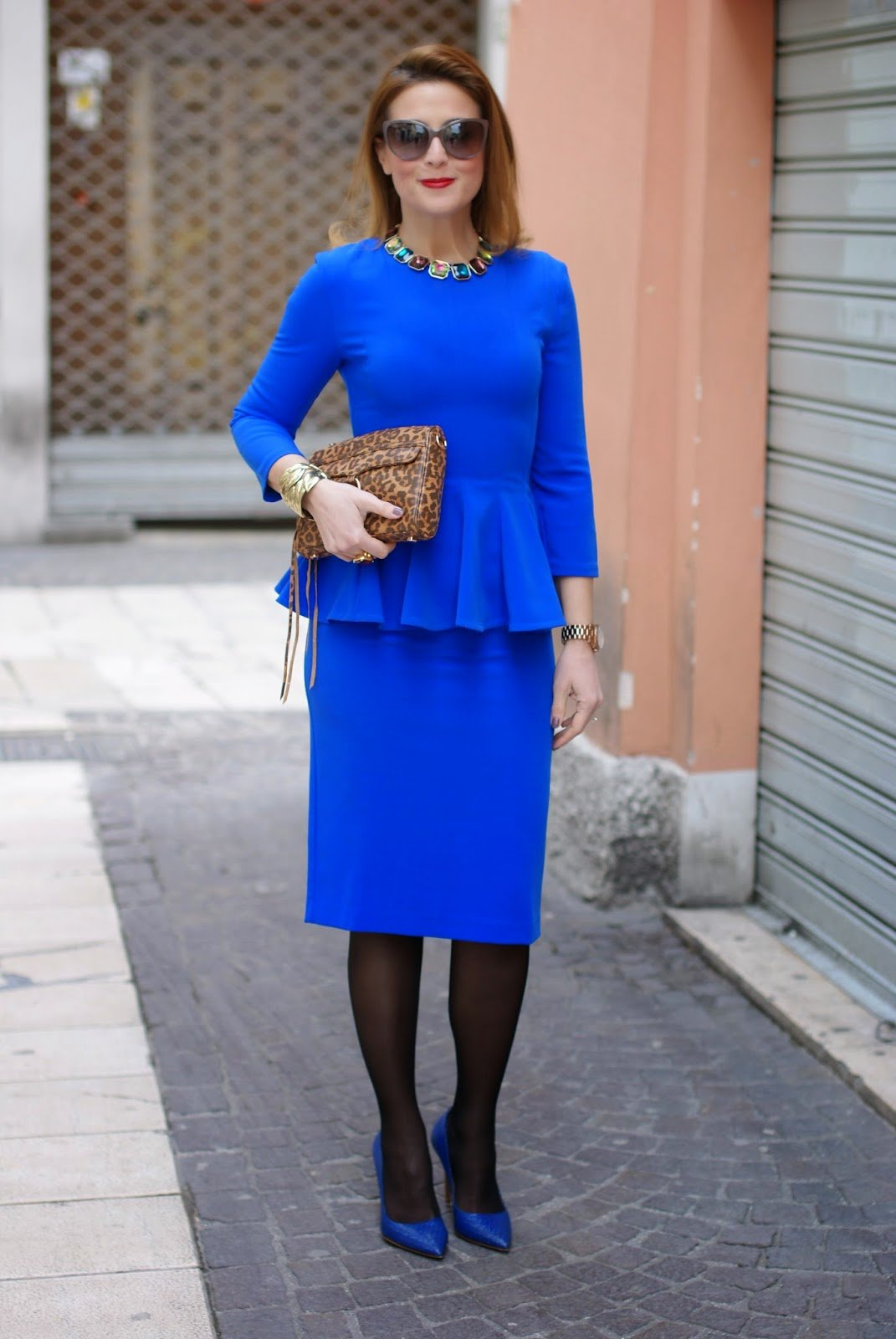 блоггер Valleв наряде Isabel Garcia